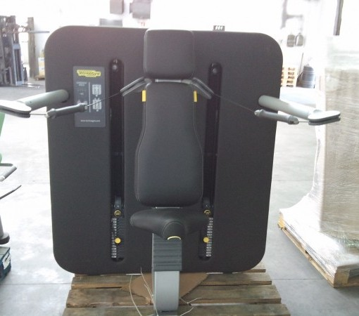 Technogym Kinesis Station Overhead Press sprave za snagu