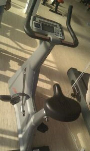 Lifefitness 9500 sedeci bicikl