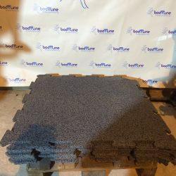 Puzzle rubber floor