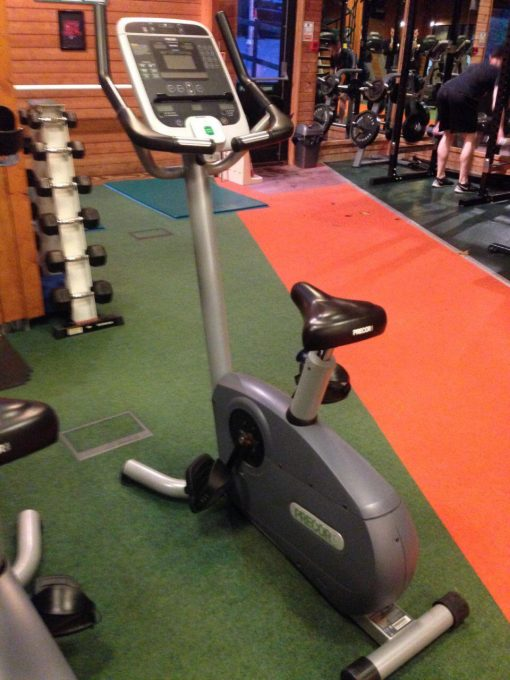 Precor_C846_Upright bike_01